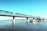 Китай швидше Росії завершив будівництво своєї частини мосту через Амур