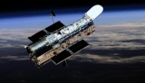 Hubble показал две гигантские галактики