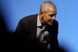 Обама назвав катастрофою реакцію Трампа на коронавірус