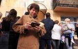Россия массово раздает жителям ОРДЛО свои паспорта: чем это грозит